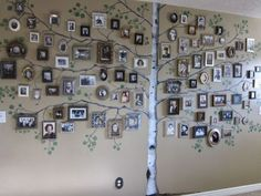 58 ideas family tree decorations wall art for 2019 Family Tree With Pictures, Family Tree Photo, Family Photos, Family Tree Mural, Family Wall, Family Trees, Family Room, Photo Deco, Tree Wall Art