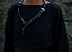 Stunning unique piece : contemporary horn necklace