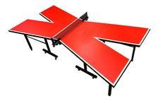 Une #table de #pingpong en forme de X ! On complique les parties de #tennisdetable !