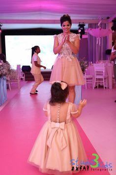 vestidos de festa iguais para mae e filha 2