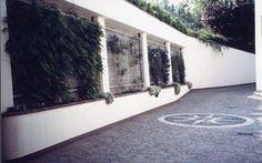 """Sistemazione area esterna per sede uffici """"La Casa Bianca ..."""
