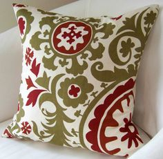 Accent Pillow #red #green Great for #Christmas