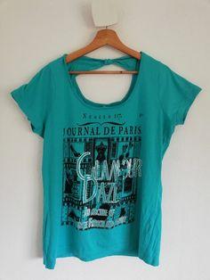 91b2cfac705 T-shirt turquoise Sérigraphie avec petits strass sur le devant Noeud au dos   msmode