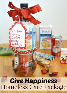 Make this Give Happiness Homeless Care Package to celebrate Thanksgiving and the holiday season. #GIveHappiness [ad]