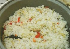 Nasi liwet rice cooker Nasi Liwet, Nasi Goreng, Nasi Lemak, Rice Recipes, Real Food Recipes, Cooking Recipes, Yummy Food, Recipies, Multi Cooker Recipes