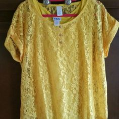 Top & tank set Yellow short sleeve top with yellow removable tank underneath. Nwot . Size xlg BFA Classic  Tops