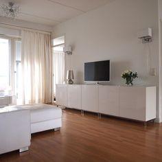 CASA Blogit - Oma Koti Valkoinen Living Area, Living Room, Tv Cabinets, Home Remodeling, Ikea, Decoration, Lounge Ideas, House Interiors, Interior Design