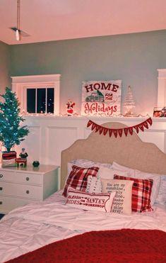 Diy Holiday Room Decor - Diy Holiday Room Decor, A Cozy Cheerful Farmhouse Christmas Bedroom Christmas Feeling, Cozy Christmas, Christmas Snacks, Christmas Cupcakes, Christmas Scenes, Christmas Ideas, Christmas Wrapping, Funny Christmas, Christmas Greetings