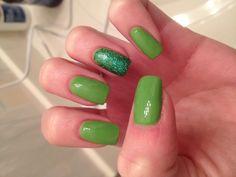 St. Patricks Day nails!