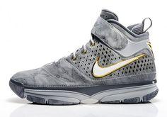 best service 4e336 b4c6b Nike Kobe 2