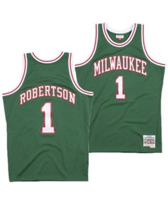 be776c888 Mitchell   Ness Men Oscar Robertson Milwaukee Bucks Hardwood Classic  Swingman Jersey