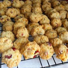 Miki's Food Archives : Cornflakes & Cranberries Cookies 蔓越莓粟米片曲奇/饼干