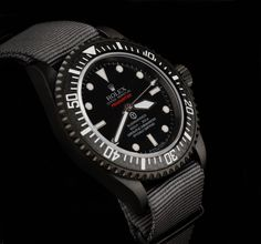 The Pro-Hunter Military Submariner