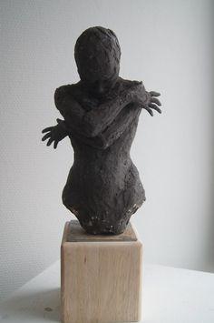 by Emilie Lacroix.sculpture, ceramique
