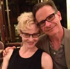 Peter Scolari's Wife Tracy Shayne Biography 51 years old American actress Tracy Shayne became part of the headlines once again when her husband, Actor Peter Scolari, died on Friday morning in New York after a two-year battle with cancer. The beautiful couple tied the knot on June 21, 2013, after eight and a half years […]