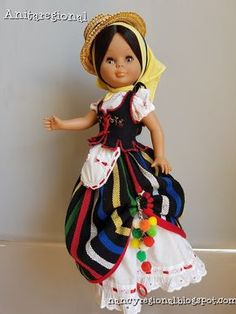 Imagen American Girl, Pram Toys, Old Dolls, Tenerife, Vintage Dolls, Doll Clothes, Costumes, Regional, Folklore