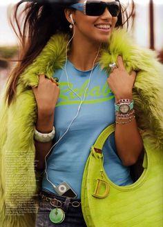 Adriana Lima Per Vogue (France)