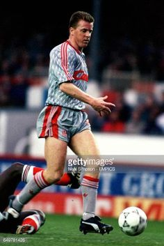 View and license Steve Nicol Liverpool pictures & news photos from Getty Images. British Football, Retro Football, Football Kits, Liverpool Football Club, Liverpool Fc, Gerrard Liverpool, This Is Anfield, Photos, Pictures