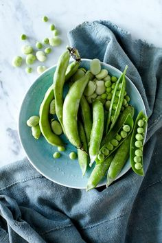 prop styling ginny branch | food styling marian cooper cairns | photo jen causey