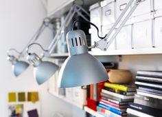Optimiza tu lugar de trabajo con lámparas http://ini.es/1erhQSl #Escritorio, #Iluminación, #Lámparas, #LuminariaIkea, #OptimizarLugarTrabajo, #OptimizarOficina