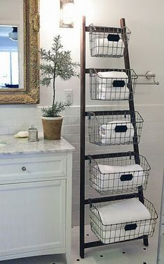 Escalera de #baño con cestas perfecto para tu #baño. accesorios baño , complementos baño.