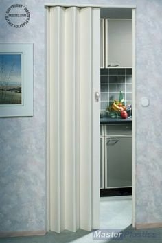 Dynasty Concertina Folding Door Quality White Gloss PVC Lockable ...