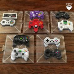 Billedresultat for mando game cube hama Melty Bead Patterns, Pearler Bead Patterns, Perler Patterns, Peyote Patterns, Beading Patterns Free, Perler Bead Templates, Diy Perler Beads, Perler Bead Art, Pearler Beads