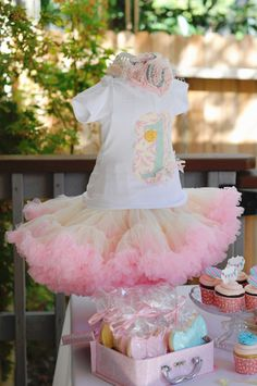 """Photo 11 of 38: Ribbons and Bows 1st Birthday party / Birthday """"1st birthday party"""" 