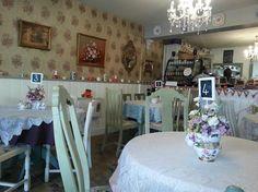 Image from http://media-cdn.tripadvisor.com/media/photo-s/04/b0/48/2f/vintage-tea-room.jpg.