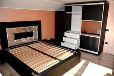 Mobilier modern dormitor cu dressing din pal dublat Negru Striat 0190SN cu pat tapitat din 3 tipuri de piele si 2 noptiere Home Decor, Decoration Home, Room Decor, Interior Decorating