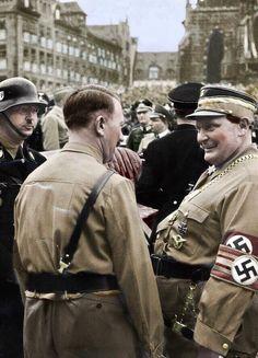 Adolf Hitler, Himmler y Hermann Göring.