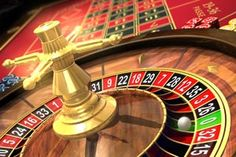 Roulette wird oft mit den traditionellen, landbasierten Casinos in Verbindung gebracht, denn es gehört zu den ältesten Glücksspielen. Heutzutage gibt es das Spiel jedoch nicht mehr nur in den landbasierten Etablissements, sondern wird in verschiedenen Varianten auch in den Online Casinos angeboten.