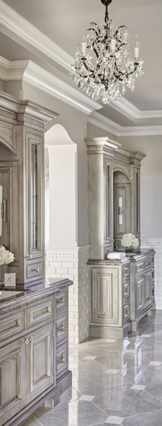 You might be looking for a selection of luxury bathroom design for yout next interior bathroom design project. You wil find it at Master Bath Remodel, Master Bathroom, Master Bedrooms, Bathroom Marble, Dream Bathrooms, Beautiful Bathrooms, Luxury Bathrooms, Traditional Decor, Home Decor