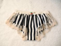 Pretty little knickers. #musthave #kinckertime