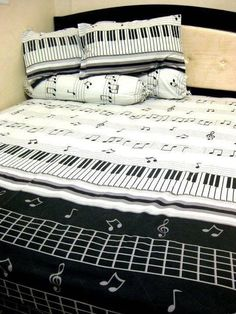 This music themed pin has good contrast of colors (black and white) and it has variety of piano themed ideas like piano, stave, music notes and more musical symbols Home Music, Piano Music, Sheet Music, Music Sheets, Piano Keys, Music Bedroom, Bedroom Decor, Men Bedroom, Bedroom Black