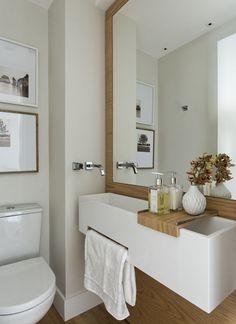 Home Renovation Tips: Enhancing The Floor Tiles Makes Huge Difference – Home Dcorz Narrow Bathroom, Neutral Bathroom, Bathroom Interior Design, Interior Decorating, Toilet Storage, Sweet Home Alabama, Hotel Interiors, Creative Decor, Interiores Design