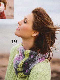 Moda 6/13. Alpaca neck warmer with silver effect yarn by Pia Heilä for Lankava Oy.