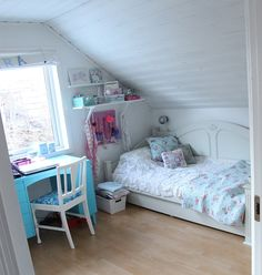 pretty kids room..