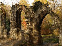Tata, Angolpark műromok Heart Of Europe, Travel, City Landscape, Budapest, Hungary, 19th Century, Monuments, Europe, Viajes