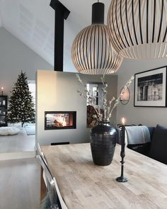Homme sweet home – - New Deko Sites Modern Scandinavian Interior, Scandinavian Style Home, Scandinavian Interior Design, Home Room Design, House Design, Interior Design Instagram, Fireplace Design, Interior Design Inspiration, Garden Inspiration