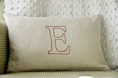 absolutely LOVE these! I've GOT to make some... they would go perfecton my bed when I get my quilt done...