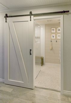 jennasuedesign I love this bathroom!