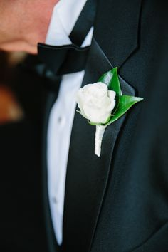 White Rose Boutonniere | The Velvet Garden | Tory Williams Photography | TheKnot.com