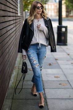 ACalça Jeansé a calça favorita entre a maioria das mulheres, mas será que você sabe o efeito que cada lavagem pode causar? Quem usa muito calça jeans, no dia a dia e até no trabalho, devem prestar atenção nas lavagens e usá-las a seu favor! Qual a imagem que você quer transmitir? Será que é …