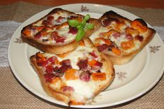 Hawaiian Pizza, Mozzarella, Vegetable Pizza, Toast, Vegetables, Food, Red Peppers, Kochen, Meal