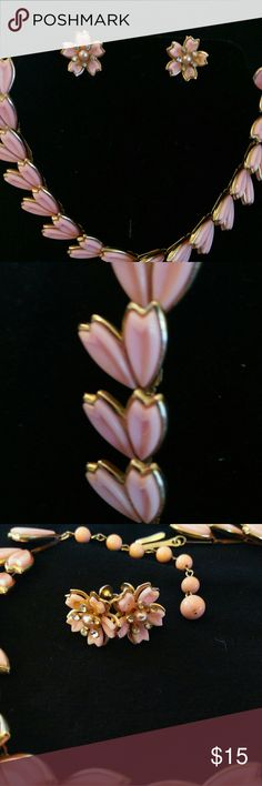 Beautiful vintage pink thermoset choker and earrin Vintage 1950s' pink thermoset choker with matching screw back earrings. Very good pre owned condition thermoset Jewelry Necklaces