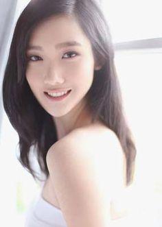 Richmond student, Selina Yue, eyes Miss World Miss World, Student, Eyes, Cat Eyes