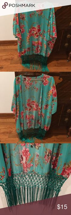 Women's Kimono Cardigan Very beautiful and in great shape Sweaters Cardigans