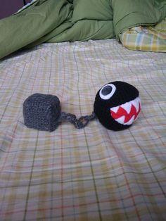 Crochet Amigurumi Rabbit Patterns Ravelry: Super Mario Bros Chain Chomp pattern by Linda Potts Free Pattern - Crochet Game, Crochet Chain, Cute Crochet, Crochet For Kids, Crochet Crafts, Crochet Dolls, Crochet Projects, Knit Crochet, Mario Kart
