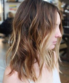 Cutest Medium Shaggy Hairstyles for Women to Look Fascinating in 2020 Hair Color Highlights, Ombre Hair Color, Blonde Color, Purple Hair, Popular Hairstyles, Latest Hairstyles, Easy Hairstyles, Hairstyle Ideas, Medium Shaggy Hairstyles